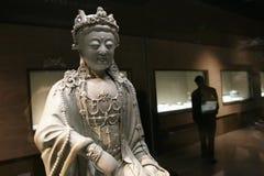 historiska reliker för buddha porslin Arkivfoton