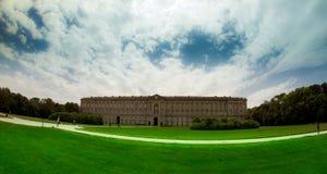 Historiska Royal Palace av Caserta och trädgården Arkivfoton