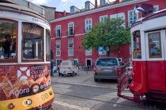 Historiska spårvagnar i Lissabon Fotografering för Bildbyråer