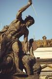 Historiska statyer på gatorna av Prague Royaltyfri Fotografi