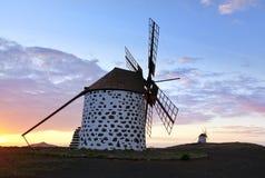 Historiska windmills near La Oliva, Fuerteventura Fotografering för Bildbyråer