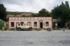 Historiskt Cardrona hotell som byggs i 1863 nära staden av Wanaka, Nya Zeeland arkivbilder