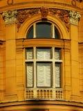 historiskt fönster royaltyfri bild