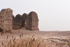 Historiskt fördärvar av det Bhatner fortet på Hanumangarh i Rajasthan, 1700 år gammalt fort royaltyfria foton