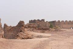 Historiskt fördärvar av det Bhatner fortet på Hanumangarh i Rajasthan, 1700 år gammalt fort Arkivfoton