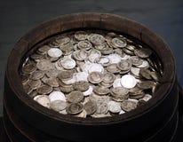 Historiskt försilvra mynt royaltyfria foton