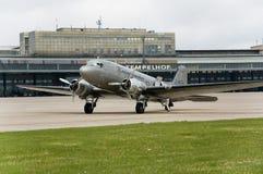 historiskt flygplan Arkivbilder