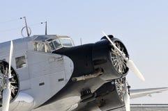 Historiskt flygplan för JU 52 Arkivbilder