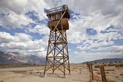Historiskt Guardtorn på den Manzanar nationalparken arkivbild