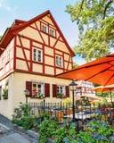 Historiskt korsvirkes- hus i Chemnitz Sachsen/Tyskland royaltyfri bild