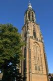 Historiskt kyrkligt torn Onze-Lieve-Vrouwetoren Arkivfoton