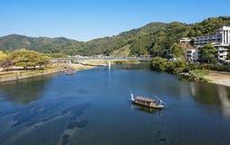 Historiskt landskap för Nishiki flod av den Iwakuni staden som lokaliseras i Ya royaltyfri fotografi