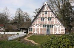 Historiskt norr tyskt lantbrukarhem V-Stade royaltyfria foton
