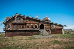 Historiskt och arkitektoniskt museum i Kizhi, Karelia Arkivbilder