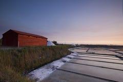 Historiskt salta pannor i Aveiro, Portugal Fotografering för Bildbyråer