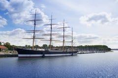 Historiskt skepp Passat i den gamla stadpir av Travemunde Royaltyfri Bild