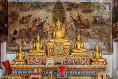 Historiskt ställe, Wat Ubosatharam Templet inhyser många kulturföremål liksom väggväggmålningar som föreställer stilen av tidiga  royaltyfri bild