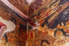 Historiskt ställe, Wat Ubosatharam Templet inhyser många kulturföremål liksom väggväggmålningar som föreställer stilen av tidiga  fotografering för bildbyråer