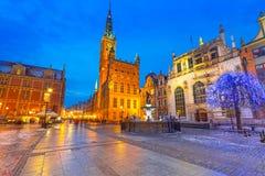 Historiskt stadshus i gammal stad av Gdansk Fotografering för Bildbyråer