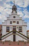 Historiskt stadshus i mitten av Lingen arkivbilder