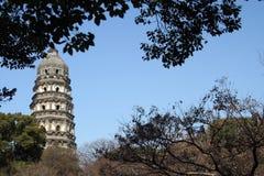 historiskt suzhou för porslin torn Arkivbild