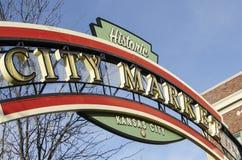 Historiskt tecken för Kansas City stadsmarknad Arkivbilder