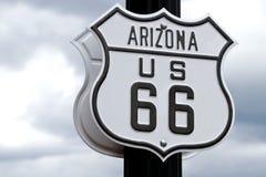 historiskt tecken för route 66 Arkivbilder