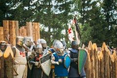 Historiskt återställande av ridderliga kamper på Royaltyfri Foto