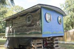 Historyczna błękitna kabina remediated przy Maplewood gospodarstwem rolnym w Północnym Van Obraz Royalty Free
