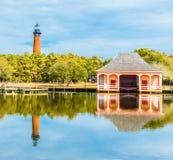 Historyczna Currituck plaży latarnia morska fotografia royalty free