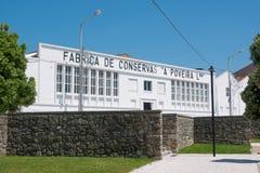 Historyczna Portugalska sardynki konserwować fabryka otwierał w 1928 w Povoa De Varzim, Portugalia obrazy royalty free