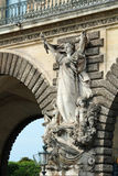 Historyczna stara rzeźbiąca statua drogowy tunelowy Francja Zdjęcia Stock