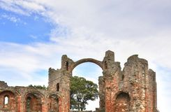 Historyczne ruiny na wyspie Północno-wschodni Anglia obrazy royalty free