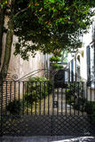 Historycznej królowej Uliczna aleja w Charleston, SC Zdjęcie Royalty Free