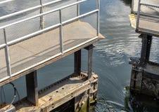 Historyczni Ballard kędziorki przy zachodnim konem łosoś Trzymać na dystans w Seattle, Waszyngton Jeziorny Waszyngtoński statku k zdjęcie stock