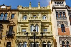 Historyczni budynki i zabytki Seville, Hiszpania Hiszpańscy architektoniczni style Gocki i Mudejar, barok Zdjęcie Stock
