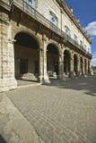 Historyczni Hiszpańscy archways w stary Hawańskim, Kuba fotografia royalty free