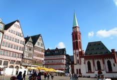 Historyczni tenement domy w starym miasteczku Frankfurt Obrazy Royalty Free