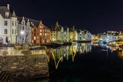 Historyczni tenements w centrum miasta w Alesund Zdjęcie Stock