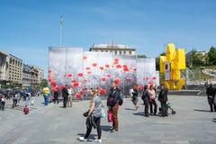 historyczny architektury kyiv muzealny plenerowy Ukraine 05 05 2017 editorial Ludzie blisko stojaka z Fotografia Royalty Free