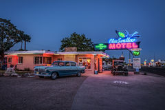 Historyczny Błękitny dymówka motel w Tucumcari, Nowym - Mexico Obraz Royalty Free