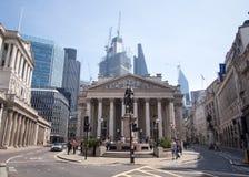 Historyczny budynek Królewska wymiana przy banka złączem w Londyn, UK obrazy royalty free