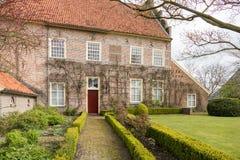 Historyczny dwór w małym miasteczku holandie Obrazy Royalty Free