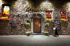 Historyczny Irlandzki pub Obrazy Royalty Free