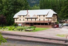 Historyczny Izaak Walton lodowa Hotelowy pobliski park narodowy w Montana Zdjęcie Stock