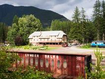 Historyczny Izaak Walton lodowa Hotelowy pobliski park narodowy w Montana Zdjęcia Stock