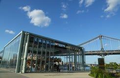 Historyczny Jane carousel w mosta brooklyńskiego parku Zdjęcie Royalty Free