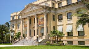 Historyczny palm beach okręgu administracyjnego gmach sądu w Zachodni palm beach, Florid Obrazy Royalty Free