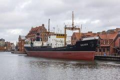 Historyczny Polski handlowy statek Soldek cumował na rzecznym Motlawa, Polska Zdjęcia Stock