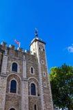 Historyczny przy wierza Londyn historyczny kasztel na północnym banku Rzeczny Thames w środkowym Londyn Biały wierza Zdjęcie Stock